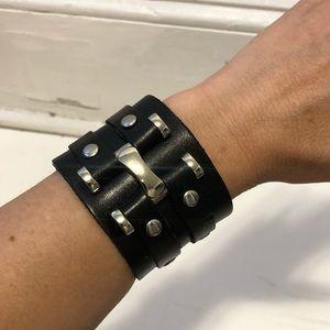 Jewelry - Vegan leather snap cuff